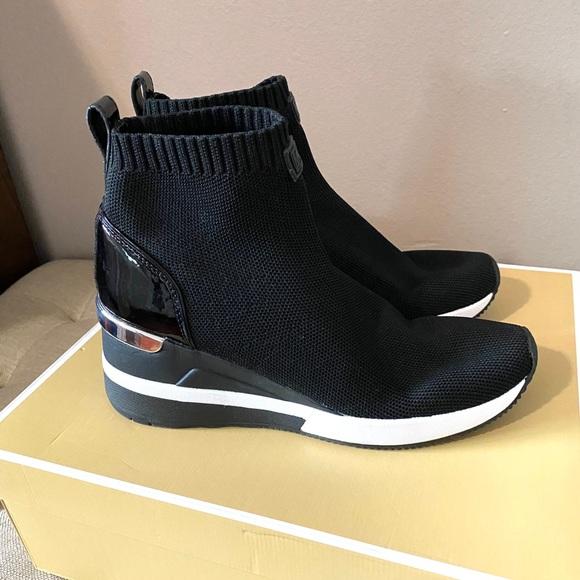 Womens Black Skyler Mk Sneaker